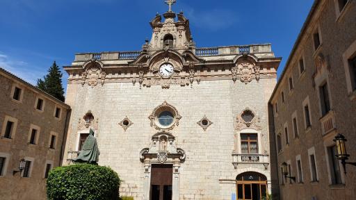 Colegio Escolania De Lluc