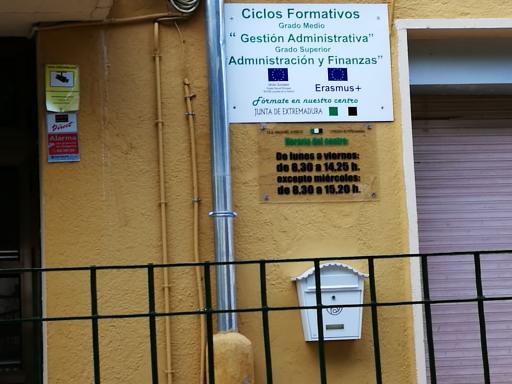 Instituto Valle De Ambroz