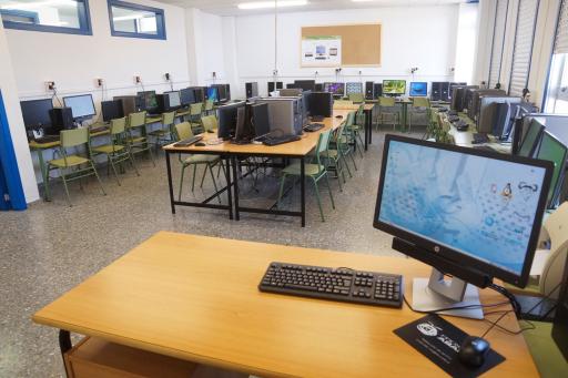Colegio De Cova Terreña