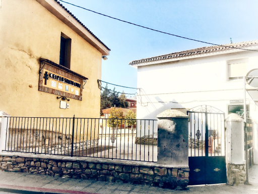 Colegio La Santa Cruz
