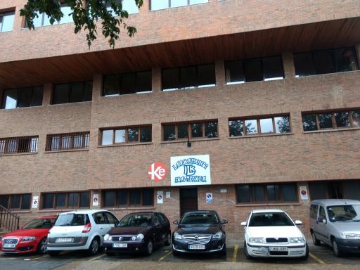 Colegio Manuel De Larramendi