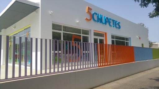 Escuela Infantil 5 Chupetes